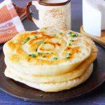 Домашние лепешки на сковороде вместо хлеба - быстро, просто, вкусно