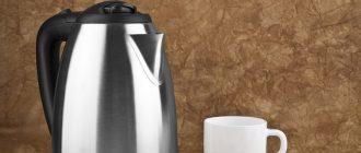 Можно ли мыть электрический чайник под водой